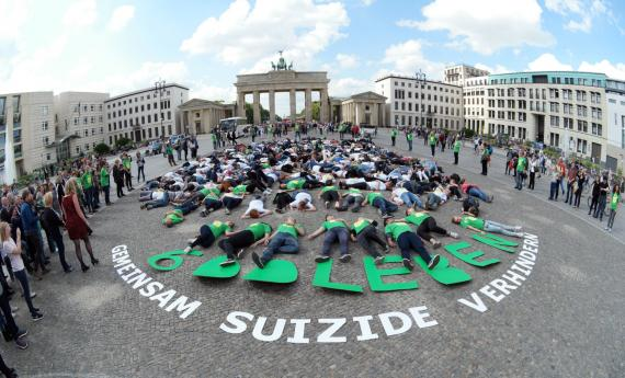 Suizid - Demonstration in Berlin
